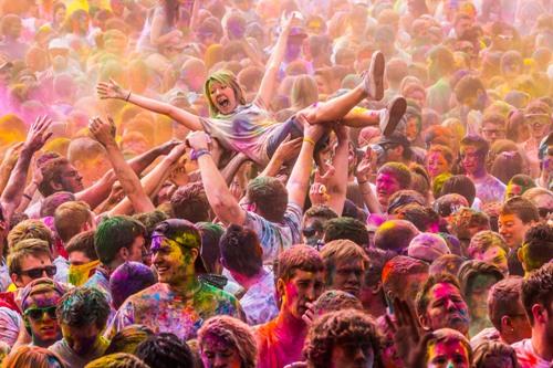 Holi-revelry-via-fotopedia.com_