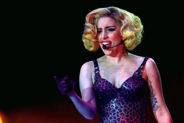 Lady+Gaga+In+Concert+AlLNGVy9HNll