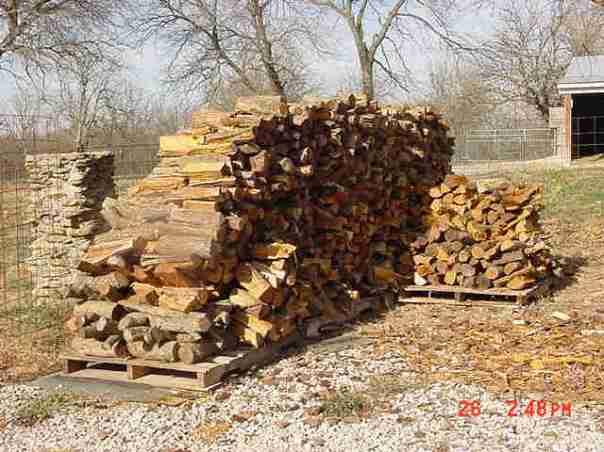 MVC-003S_-_wood_pile_2007_-_2.289100328_std