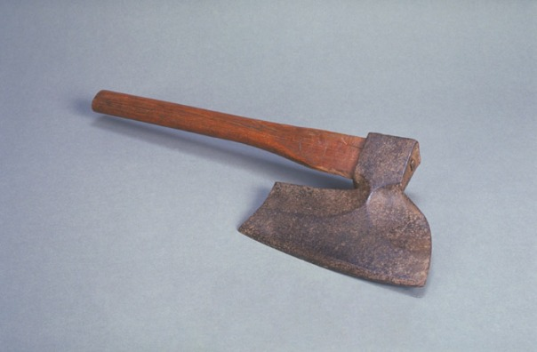 New-France_4_2_3_Broad-axe