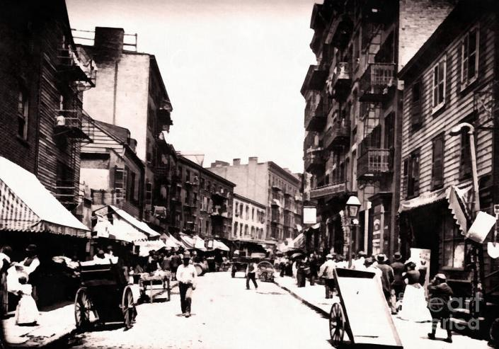 1870-ny-mulberry-street-vincent-monozlay