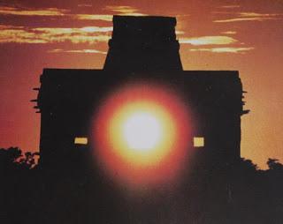 3558-Dzibilchaltun Equinox