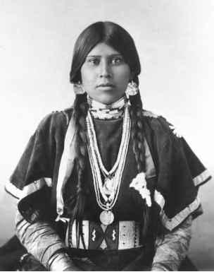 8715_269_133-native-american-braid-decoration